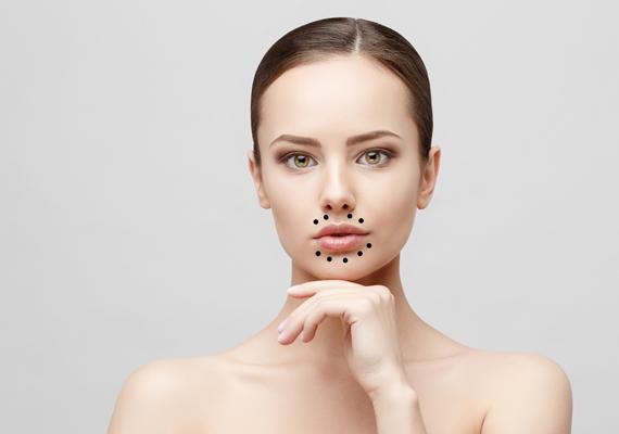 vörös foltokat öntött ki az arcon és a testen)