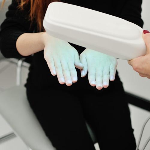 pikkelysömör kezelése fényterápiával